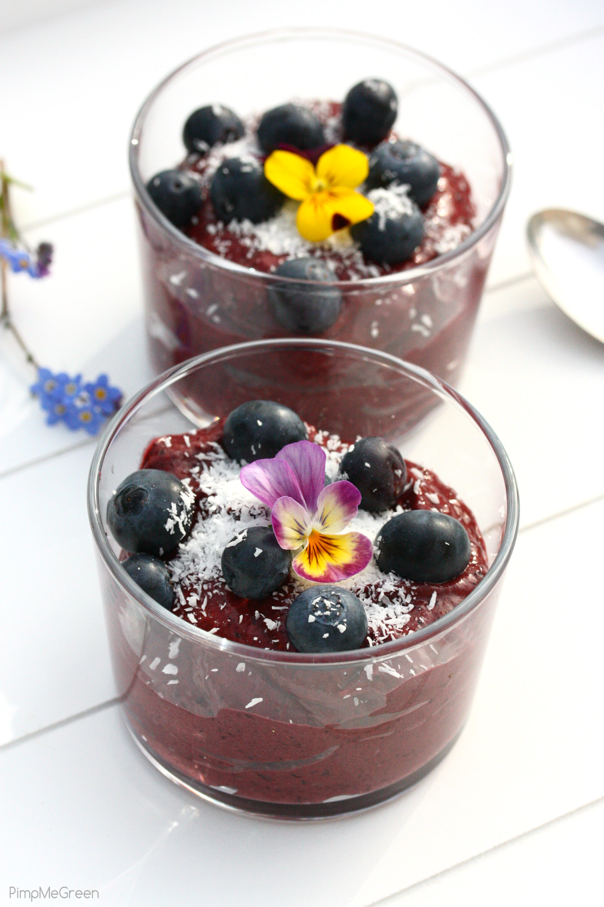 Blueberry cream dessert 4