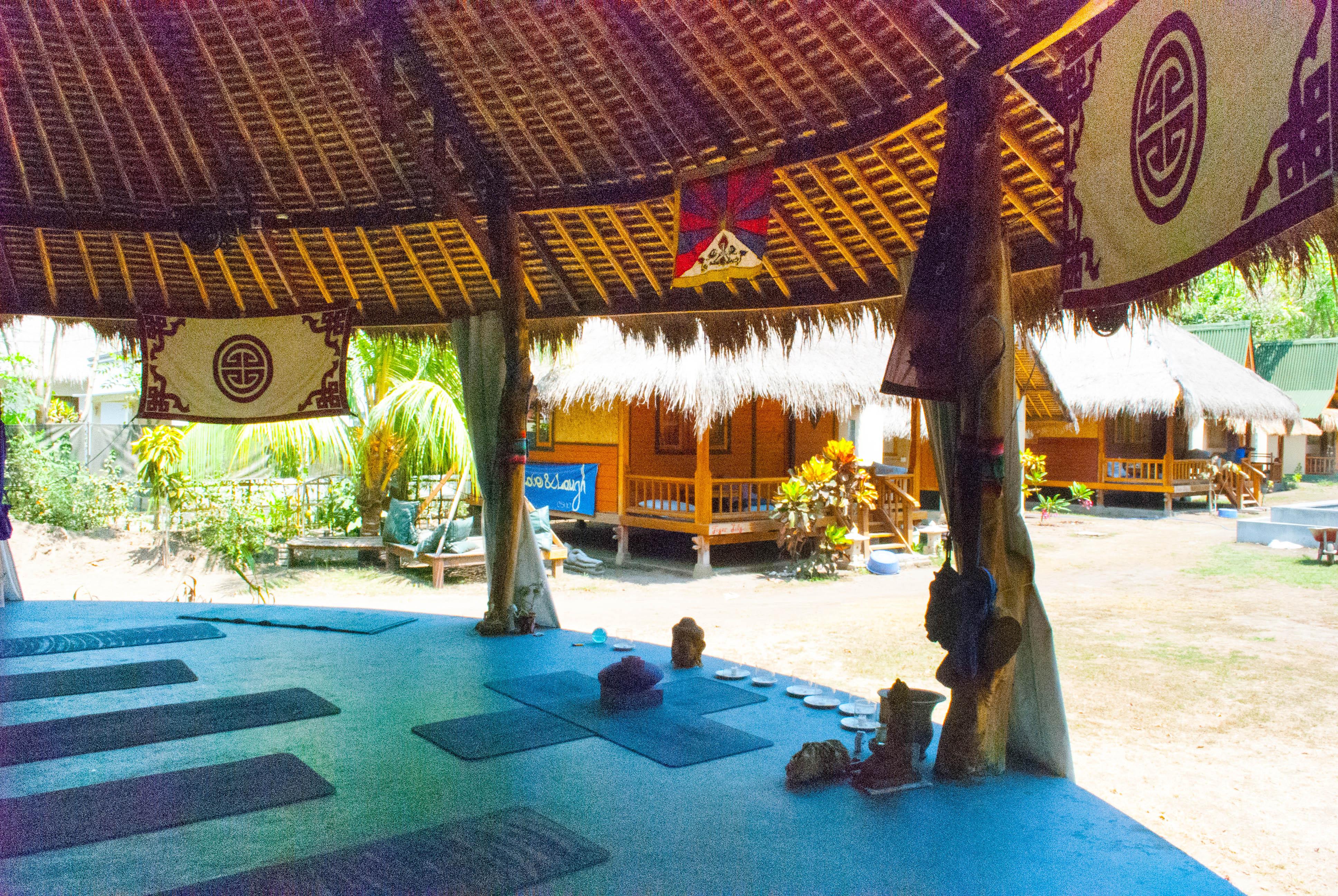 H20-yoga-pagoda