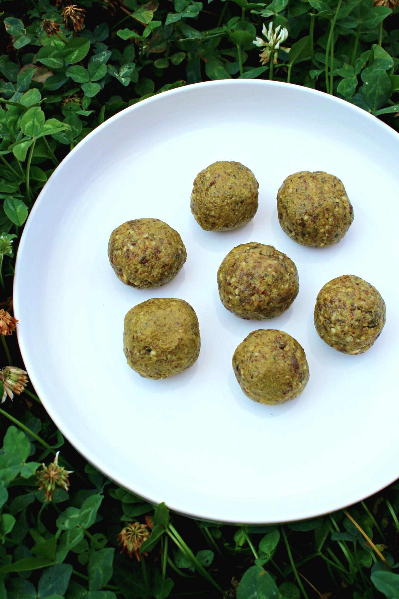 Boules énergie pistache raisins secs