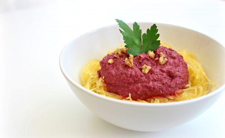 Courge spaghetti et sa crème rosso à la betterave
